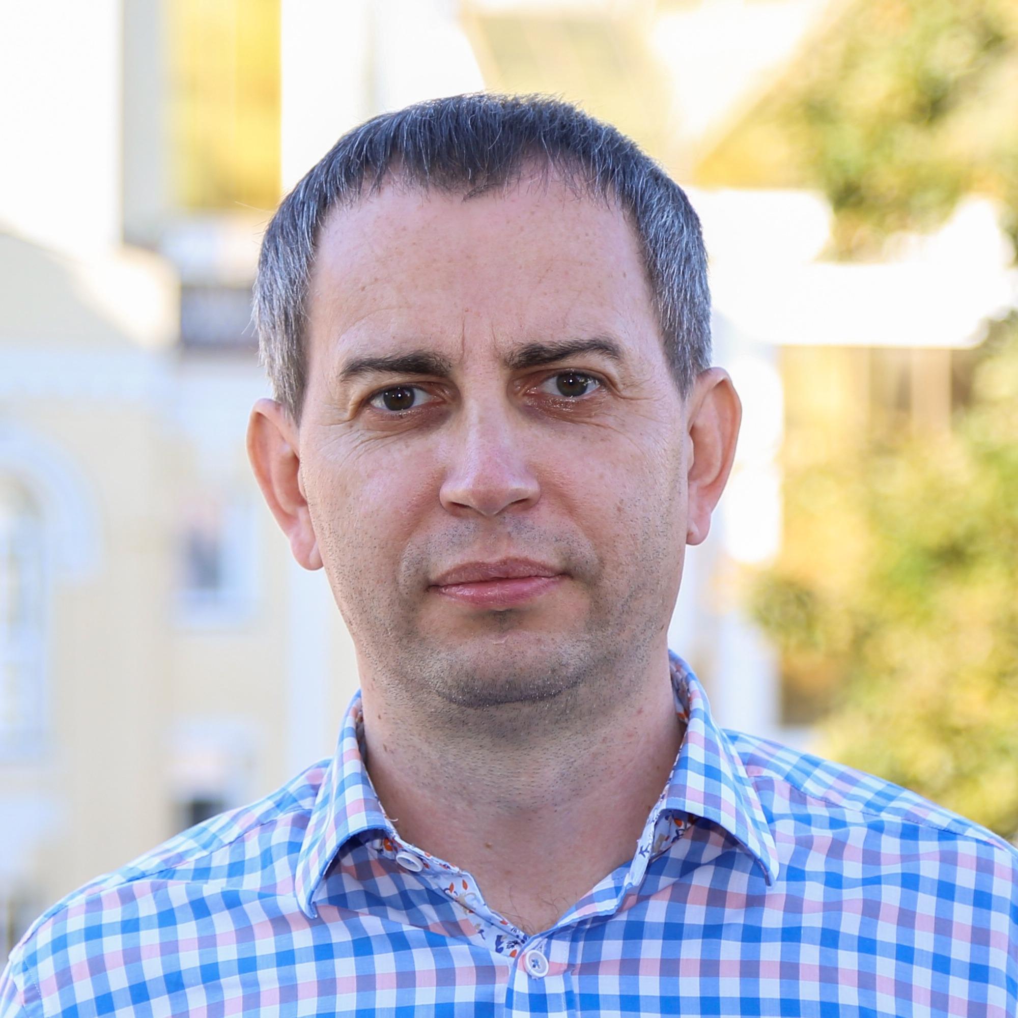 Анатолій Удіванов